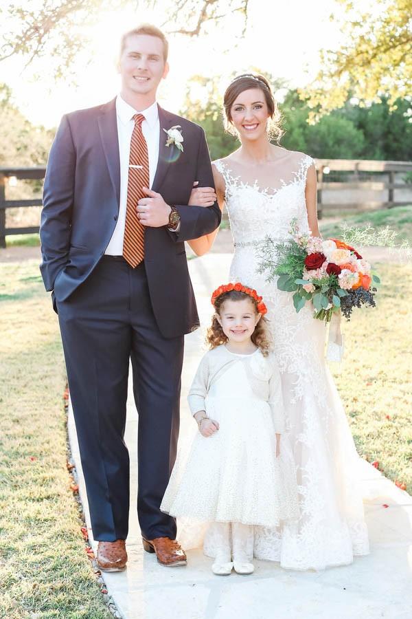 vintage-jewel-tone-austin-wedding-at-antebellum-oaks-11