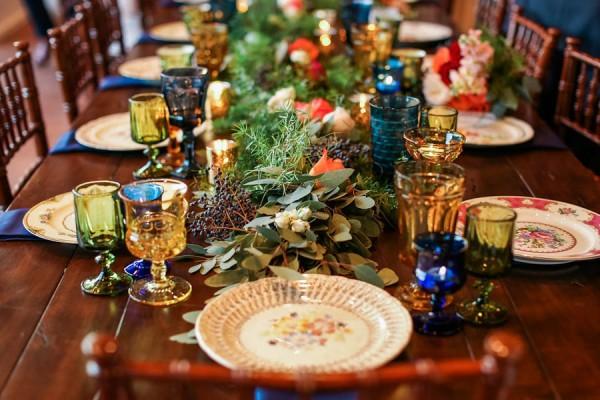 vintage-jewel-tone-austin-wedding-at-antebellum-oaks-12