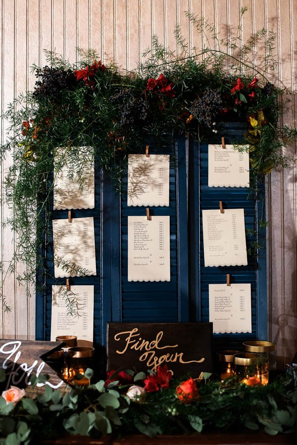 vintage-jewel-tone-austin-wedding-at-antebellum-oaks-14