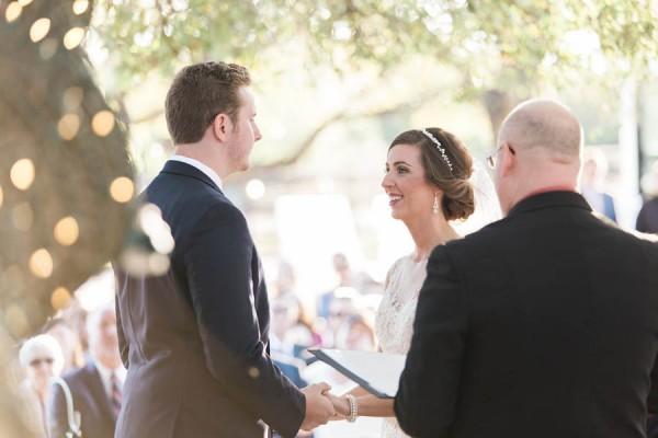 vintage-jewel-tone-austin-wedding-at-antebellum-oaks-17