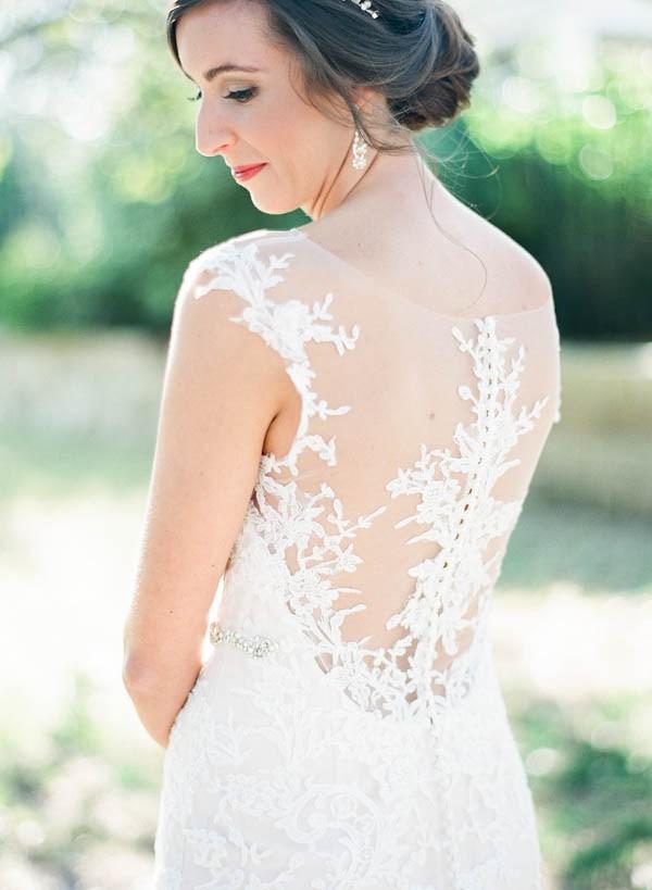vintage-jewel-tone-austin-wedding-at-antebellum-oaks-20