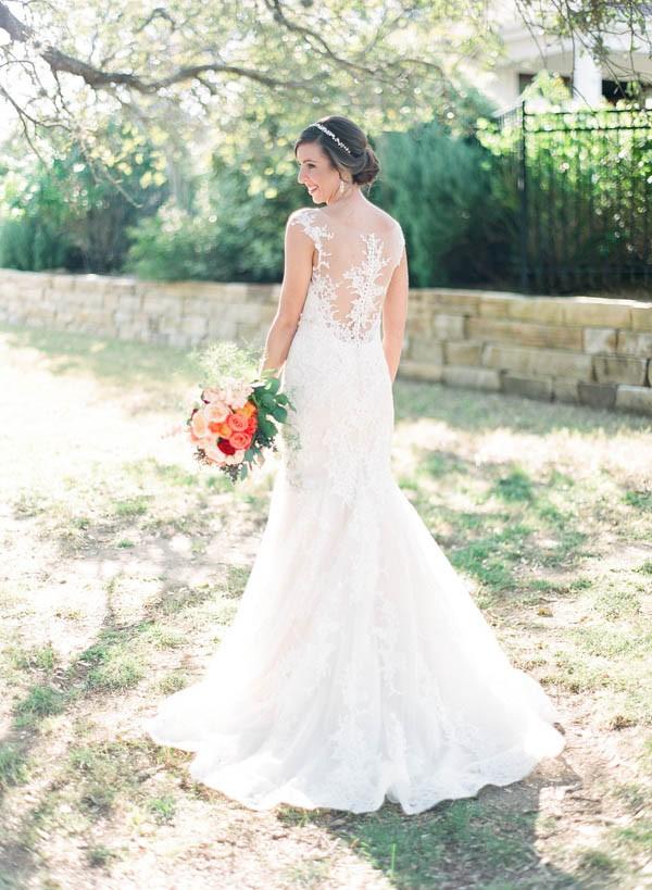 vintage-jewel-tone-austin-wedding-at-antebellum-oaks-21