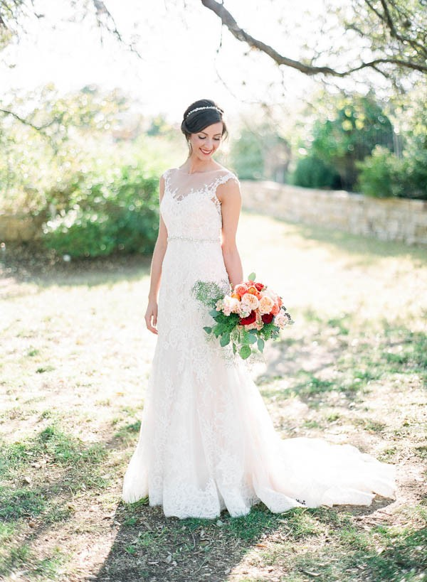 vintage-jewel-tone-austin-wedding-at-antebellum-oaks-22