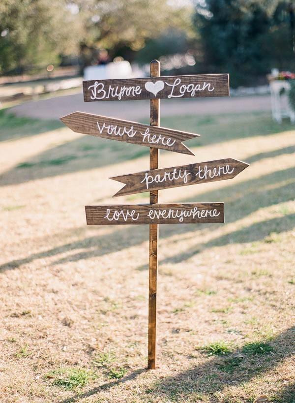 vintage-jewel-tone-austin-wedding-at-antebellum-oaks-26