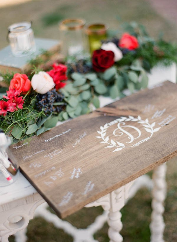 vintage-jewel-tone-austin-wedding-at-antebellum-oaks-27