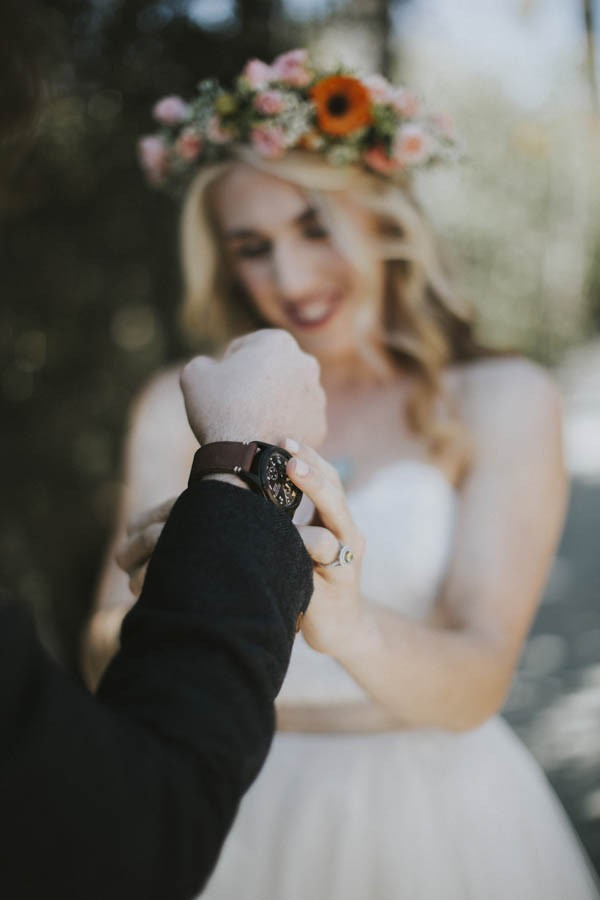 whimsical-bohemian-wedding-at-the-slate-barn-and-gardens-14