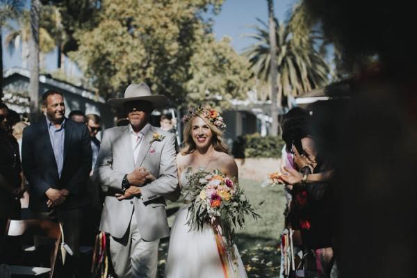 whimsical-bohemian-wedding-at-the-slate-barn-and-gardens-31