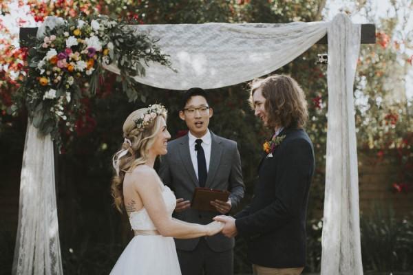 whimsical-bohemian-wedding-at-the-slate-barn-and-gardens-32