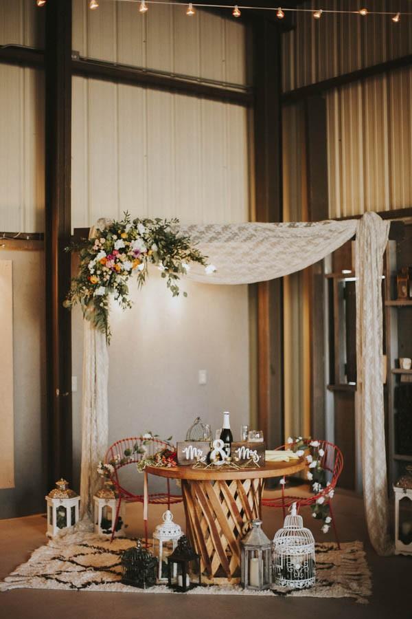 whimsical-bohemian-wedding-at-the-slate-barn-and-gardens-43