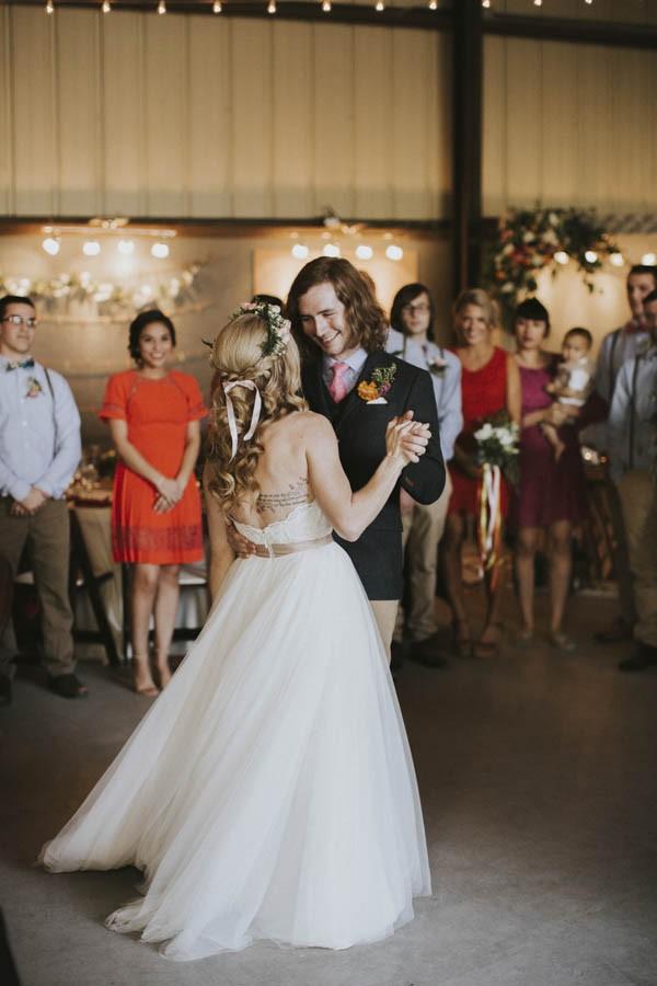 whimsical-bohemian-wedding-at-the-slate-barn-and-gardens-45