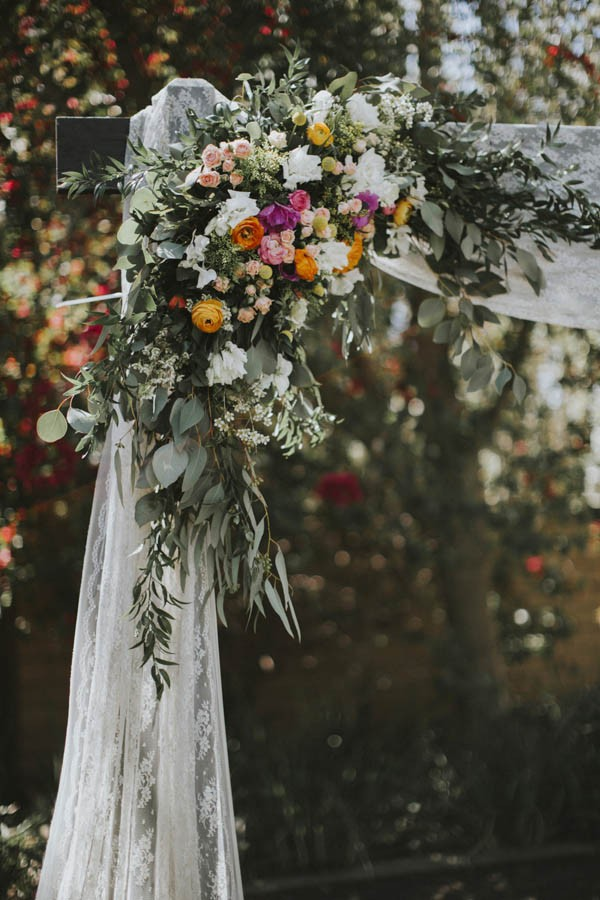 whimsical-bohemian-wedding-at-the-slate-barn-and-gardens-9