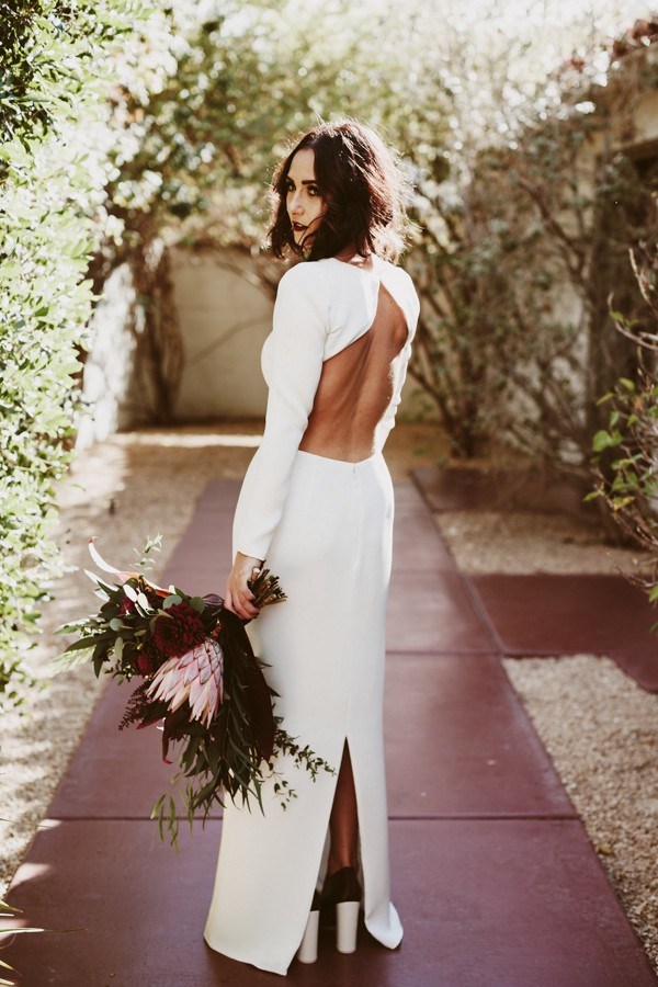 chic-palm-springs-destination-wedding-at-colony-palms-hotel-12