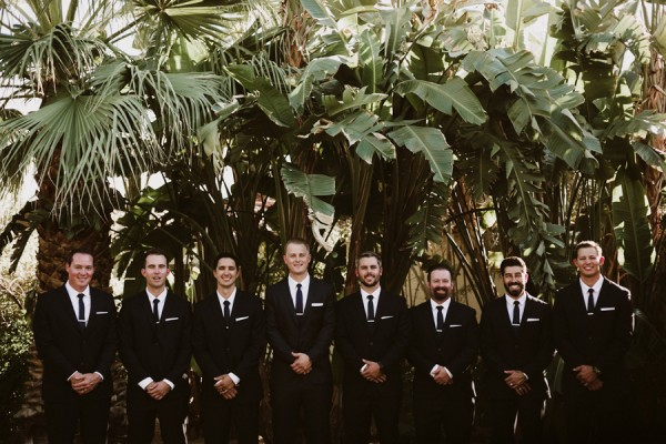 chic-palm-springs-destination-wedding-at-colony-palms-hotel-19