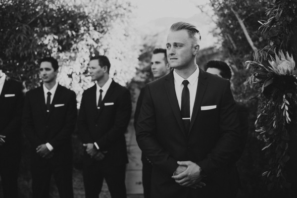 chic-palm-springs-destination-wedding-at-colony-palms-hotel-25