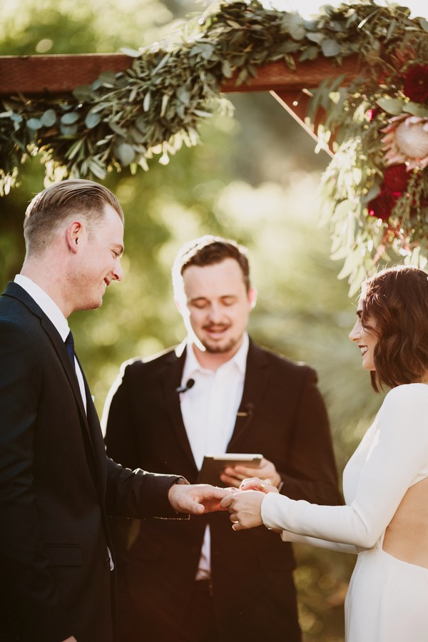chic-palm-springs-destination-wedding-at-colony-palms-hotel-29