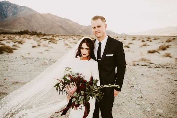chic-palm-springs-destination-wedding-at-colony-palms-hotel-37