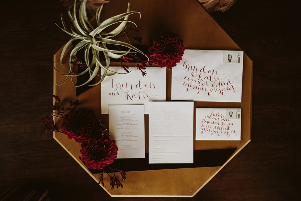 chic-palm-springs-destination-wedding-at-colony-palms-hotel-4