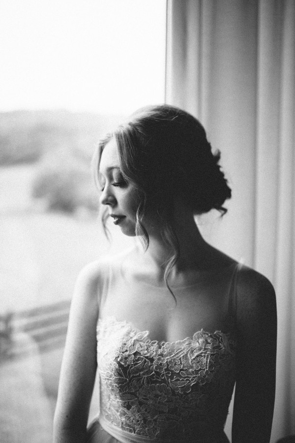 delicate-details-and-a-bhldn-gown-stole-our-hearts-in-this-bloomsbury-farm-wedding-10
