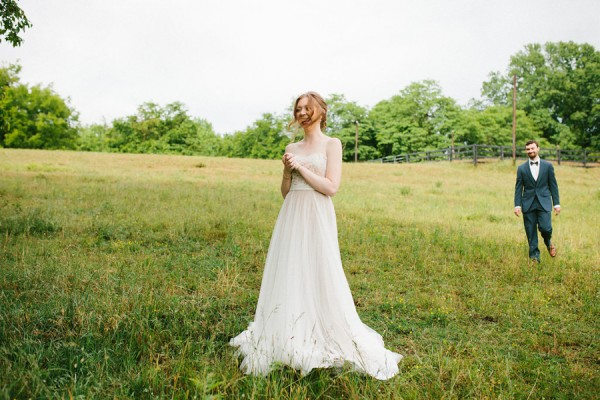 delicate-details-and-a-bhldn-gown-stole-our-hearts-in-this-bloomsbury-farm-wedding-12