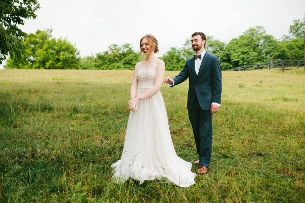 delicate-details-and-a-bhldn-gown-stole-our-hearts-in-this-bloomsbury-farm-wedding-13