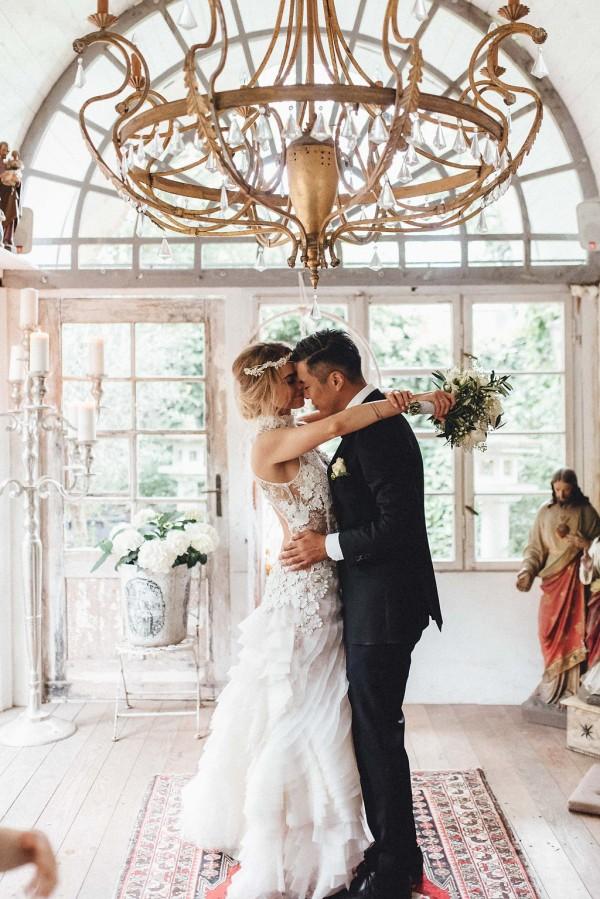 elegant-boho-german-biergarten-wedding-at-la-du-32