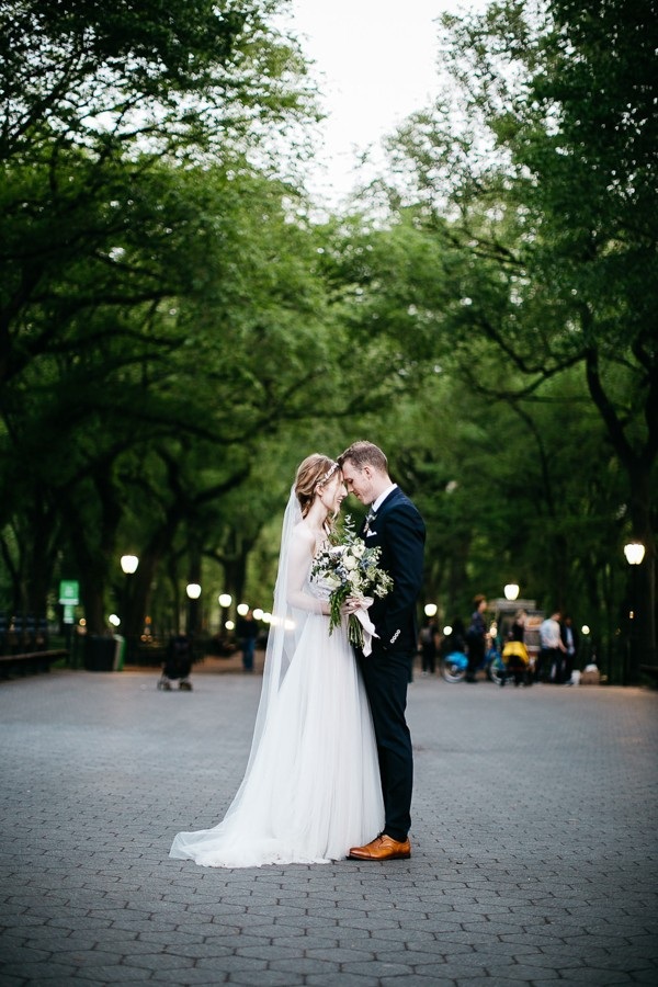from-the-brooklyn-bridge-to-central-park-this-nyc-elopement-took-our-breath-away-16