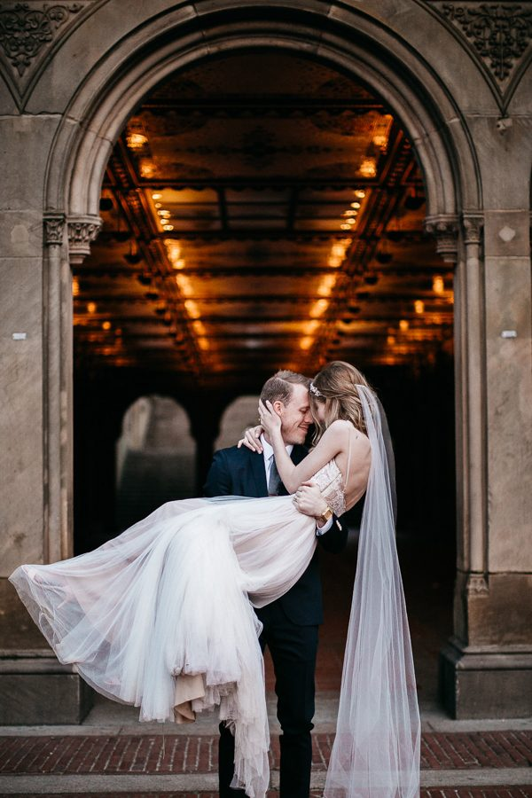 from-the-brooklyn-bridge-to-central-park-this-nyc-elopement-took-our-breath-away-18