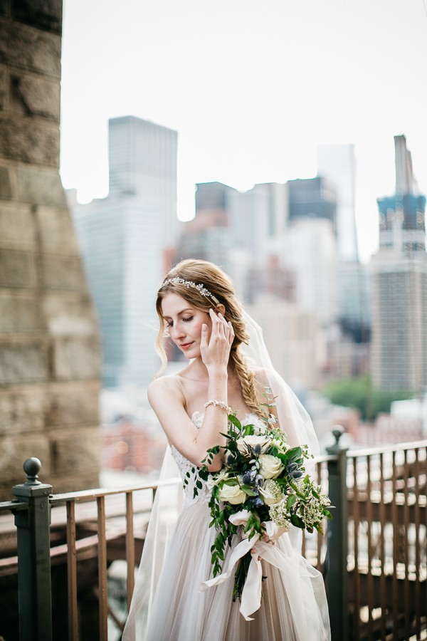 from-the-brooklyn-bridge-to-central-park-this-nyc-elopement-took-our-breath-away-8