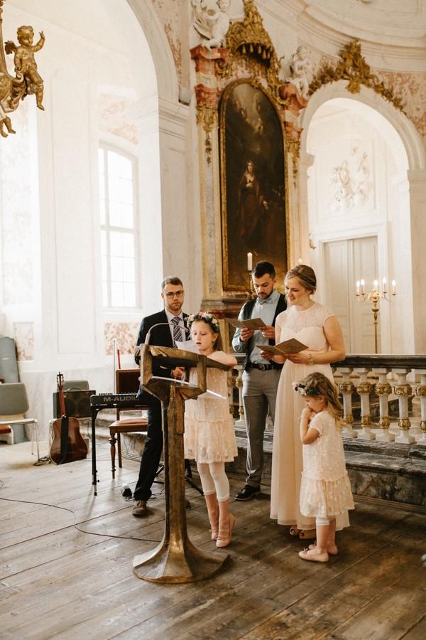 romantic-antique-german-wedding-at-kloster-nimbschen-15