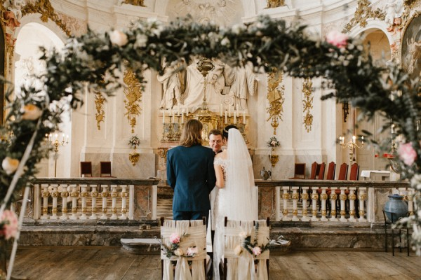 romantic-antique-german-wedding-at-kloster-nimbschen-16