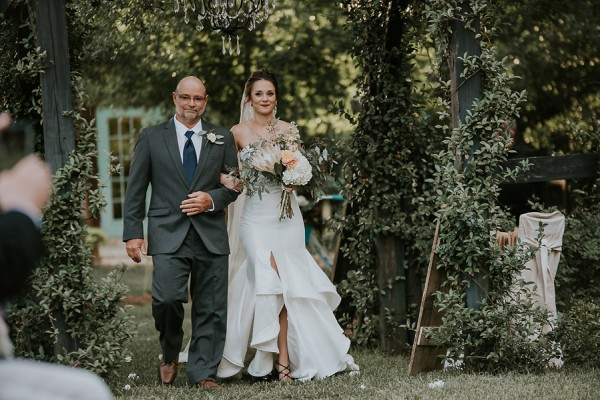 rustic-garden-inspired-wedding-at-southern-lea-farms-34
