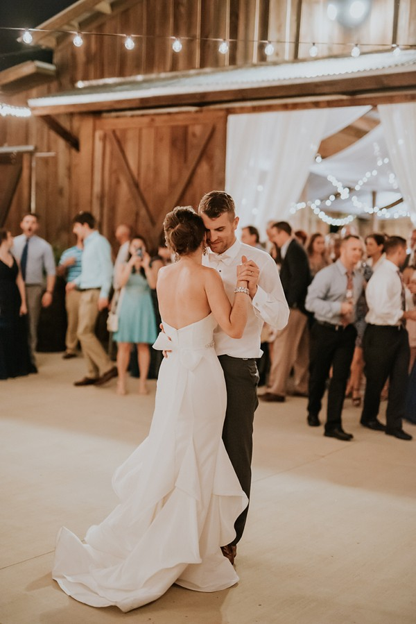 Rustic garden inspired wedding at southern lea farms for Country wedding processional songs