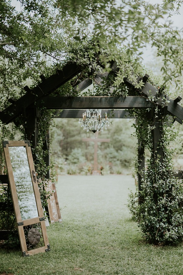 rustic-garden-inspired-wedding-at-southern-lea-farms-5