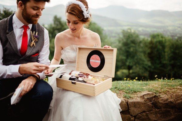 sweet-vintage-inspired-irish-wedding-at-springfort-hall-14