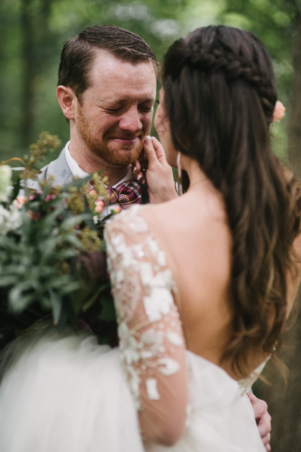 this-couple-diyed-the-heck-out-of-their-dream-wedding-at-mounds-state-park-28