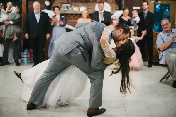 this-couple-diyed-the-heck-out-of-their-dream-wedding-at-mounds-state-park-3