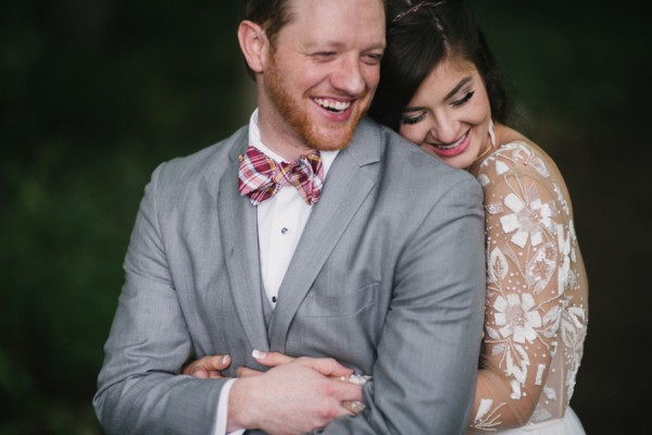this-couple-diyed-the-heck-out-of-their-dream-wedding-at-mounds-state-park-32