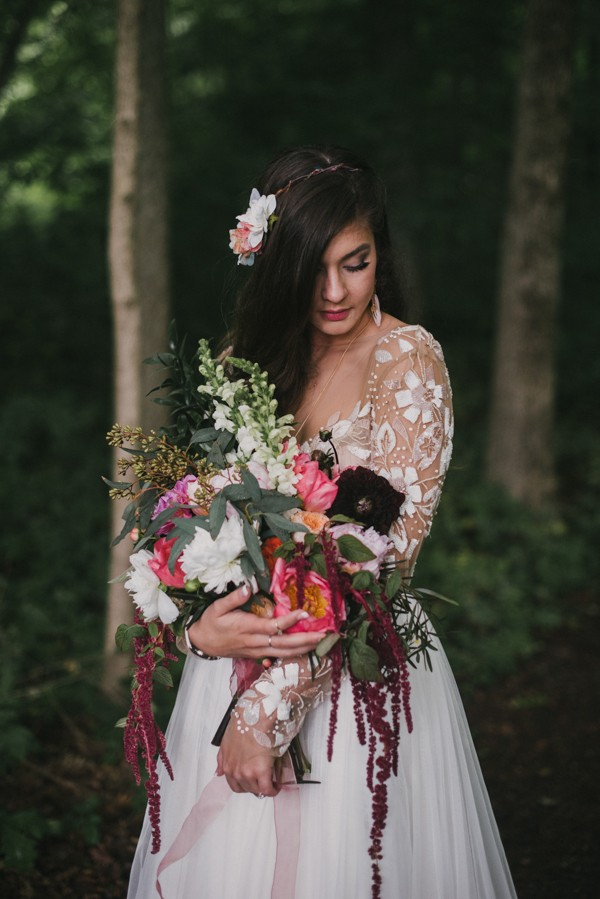 this-couple-diyed-the-heck-out-of-their-dream-wedding-at-mounds-state-park-34