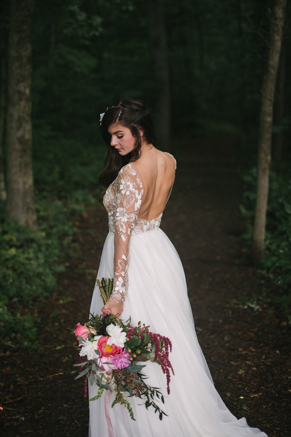 this-couple-diyed-the-heck-out-of-their-dream-wedding-at-mounds-state-park-37
