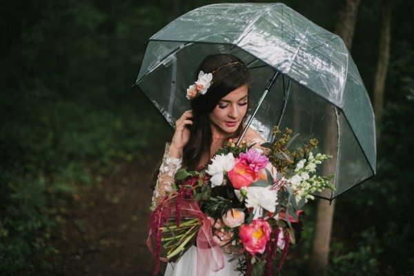this-couple-diyed-the-heck-out-of-their-dream-wedding-at-mounds-state-park-38