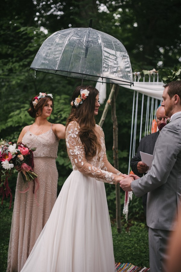this-couple-diyed-the-heck-out-of-their-dream-wedding-at-mounds-state-park-43