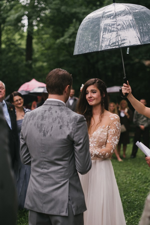 this-couple-diyed-the-heck-out-of-their-dream-wedding-at-mounds-state-park-44