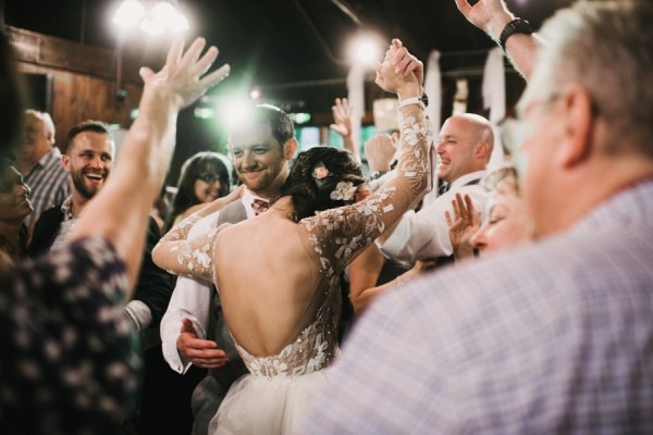 this-couple-diyed-the-heck-out-of-their-dream-wedding-at-mounds-state-park-7