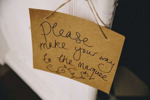 this-festive-english-marquee-wedding-is-the-definition-of-adorable-10