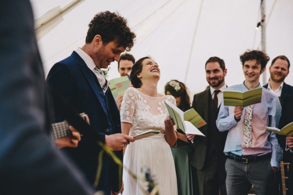 this-festive-english-marquee-wedding-is-the-definition-of-adorable-15