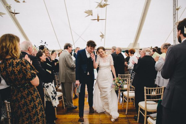 this-festive-english-marquee-wedding-is-the-definition-of-adorable-20