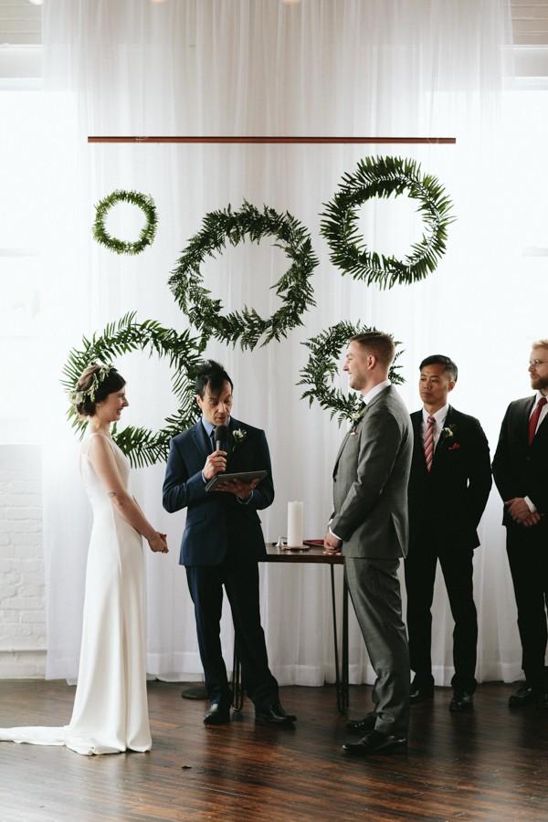 this-reading-art-works-wedding-takes-modern-minimalism-to-the-next-level-17