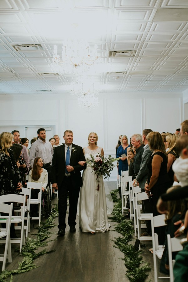 this-sarasota-wedding-at-the-devyn-perfectly-nails-relaxed-elegance-24