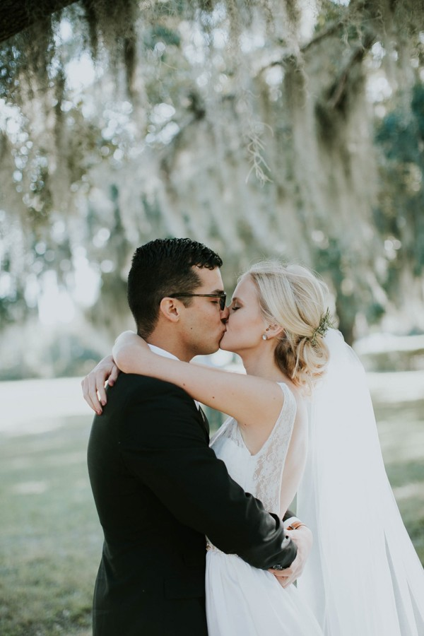 this-sarasota-wedding-at-the-devyn-perfectly-nails-relaxed-elegance-7