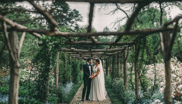 this-wedding-at-the-fox-hollow-is-full-of-elegant-whimsy-16